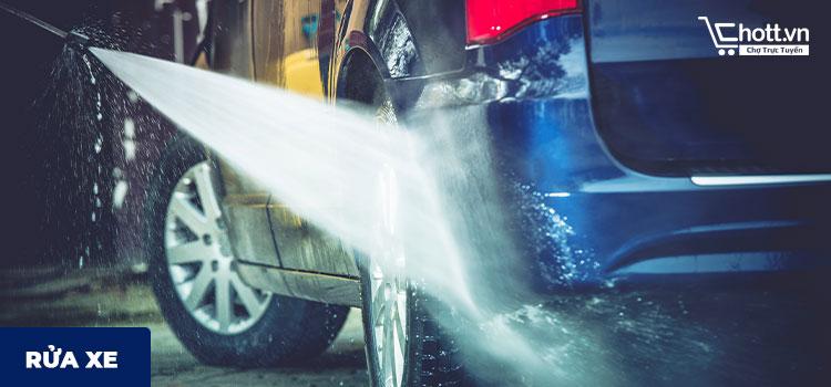 Máy xịt rửa dùng cho rửa xe máy xe ô tô